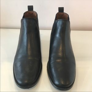 Topshop leather Chelsea boots size 39